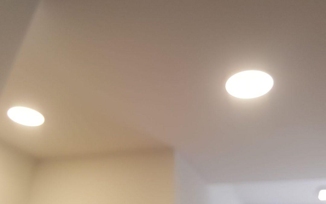 Instalación de iluminación en vivienda