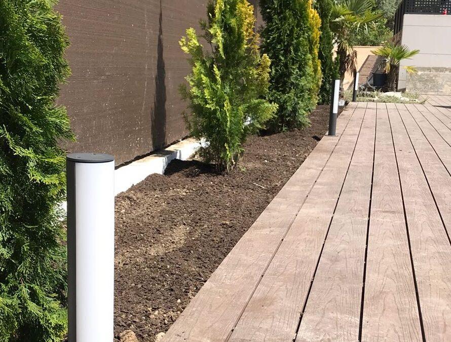 Iluminando el jardín para el verano